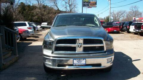 2009 Dodge Ram Pickup 1500 for sale at Griffon Auto Sales Inc in Lakemoor IL
