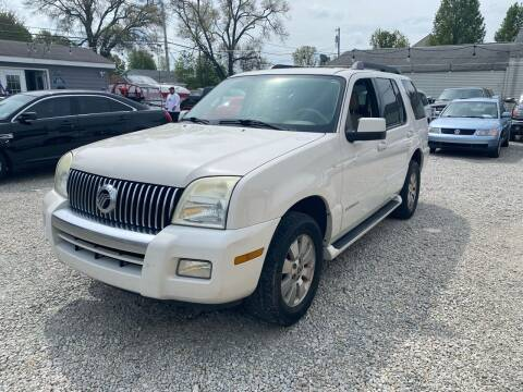 2008 Mercury Mountaineer for sale at Davidson Auto Deals in Syracuse IN