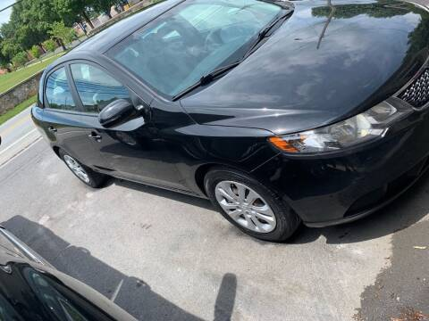 2013 Kia Forte for sale at GET N GO USED AUTO & REPAIR LLC in Martinsburg WV