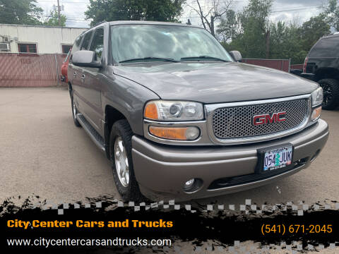 2006 GMC Yukon XL for sale at City Center Cars and Trucks in Roseburg OR