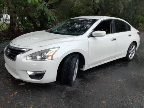 2014 Nissan Altima for sale at Royal Auto Trading in Tampa FL