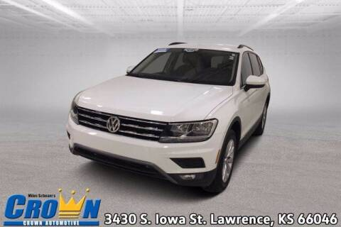 2018 Volkswagen Tiguan for sale at Crown Automotive of Lawrence Kansas in Lawrence KS
