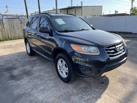 2011 Hyundai Santa Fe for sale at AMERICAN AUTO COMPANY in Beaumont TX