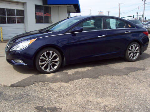 2013 Hyundai Sonata for sale at TOWER AUTO MART in Minneapolis MN