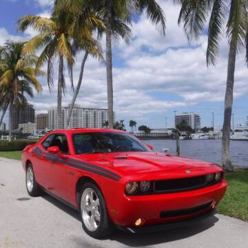 2010 Dodge Challenger for sale at Choice Auto in Fort Lauderdale FL