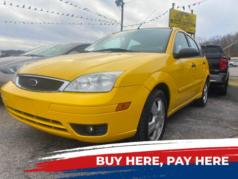 2007 Ford Focus for sale at WINNERS CIRCLE AUTO EXCHANGE in Ashland KY