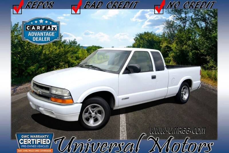 2001 Chevrolet S-10 for sale at Universal Motors in Glendora CA