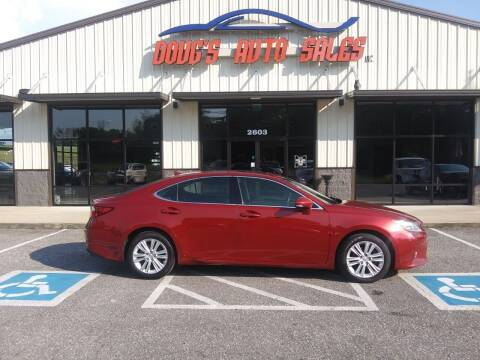 2013 Lexus ES 350 for sale at DOUG'S AUTO SALES INC in Pleasant View TN