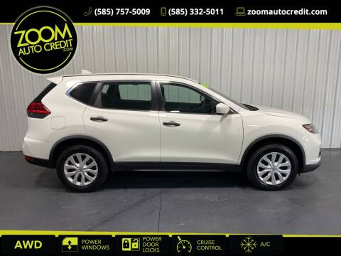 2017 Nissan Rogue for sale at ZoomAutoCredit.com in Elba NY