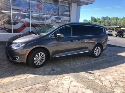 2018 Chrysler Pacifica for sale at Tim Short Auto Mall in Corbin KY