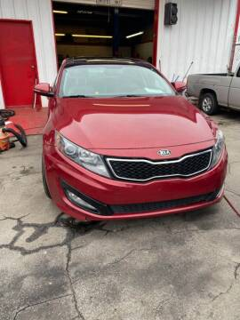 2011 Kia Optima for sale at LAKE CITY AUTO SALES - Jonesboro in Morrow GA