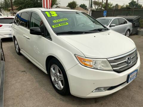 2013 Honda Odyssey for sale at CAR GENERATION CENTER, INC. in Los Angeles CA