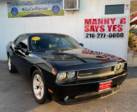 2013 Dodge Challenger for sale at Manny G Motors in San Antonio TX