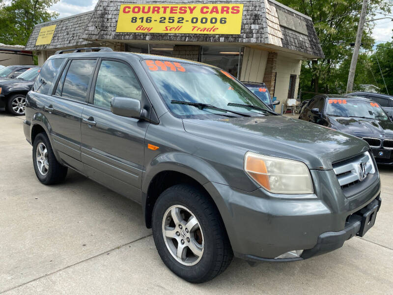 2008 Honda Pilot for sale at Courtesy Cars in Independence MO