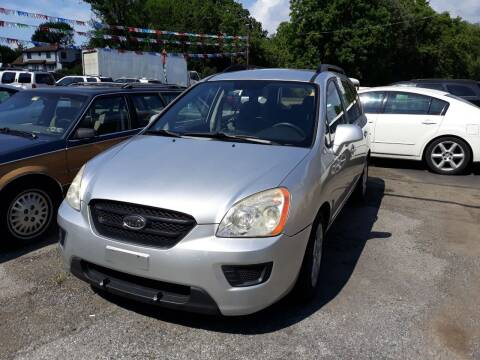 2009 Kia Rondo for sale at GALANTE AUTO SALES LLC in Aston PA