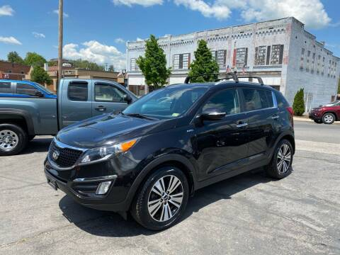 2014 Kia Sportage for sale at East Main Rides in Marion VA
