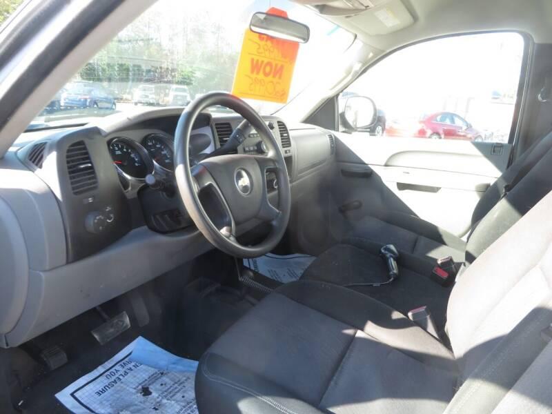 2011 Chevrolet Silverado 2500HD 4x4 Work Truck 2dr Regular Cab LB - Concord NH