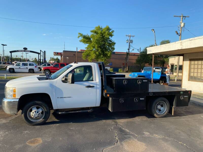 2009 Chevrolet Silverado 3500HD CC for sale at MADISON MOTORS in Bethany OK