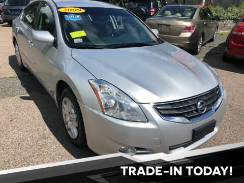 2010 Nissan Altima for sale at L A Used Cars in Abington MA