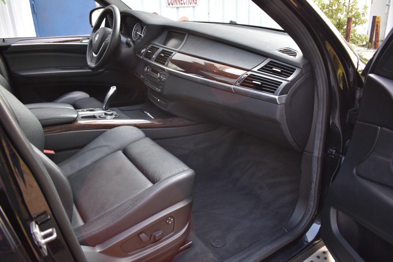 2010 BMW X5 xDrive48i AWD 4dr SUV full