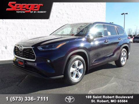 2021 Toyota Highlander for sale at SEEGER TOYOTA OF ST ROBERT in St Robert MO