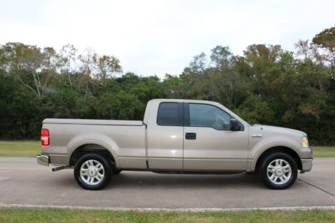 2004 Ford F-150 for sale at Clear Lake Auto World in League City TX