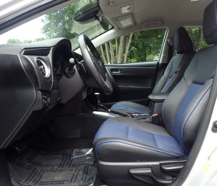 2017 Toyota Corolla SE - Storrs CT
