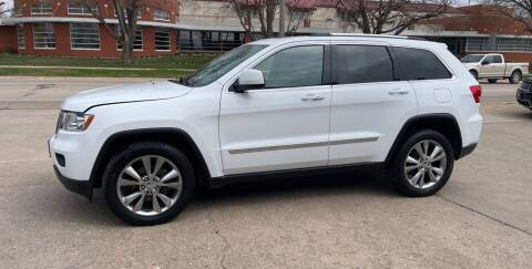 2013 Jeep Grand Cherokee for sale at Mulder Auto Tire and Lube in Orange City IA