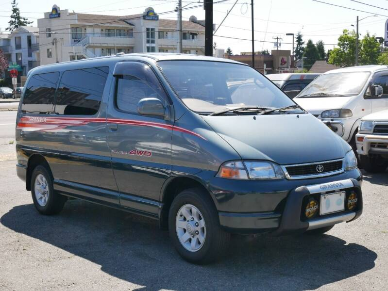 1996 Toyota Granvia/GRAND HIACE for sale at JDM Car & Motorcycle LLC in Seattle WA