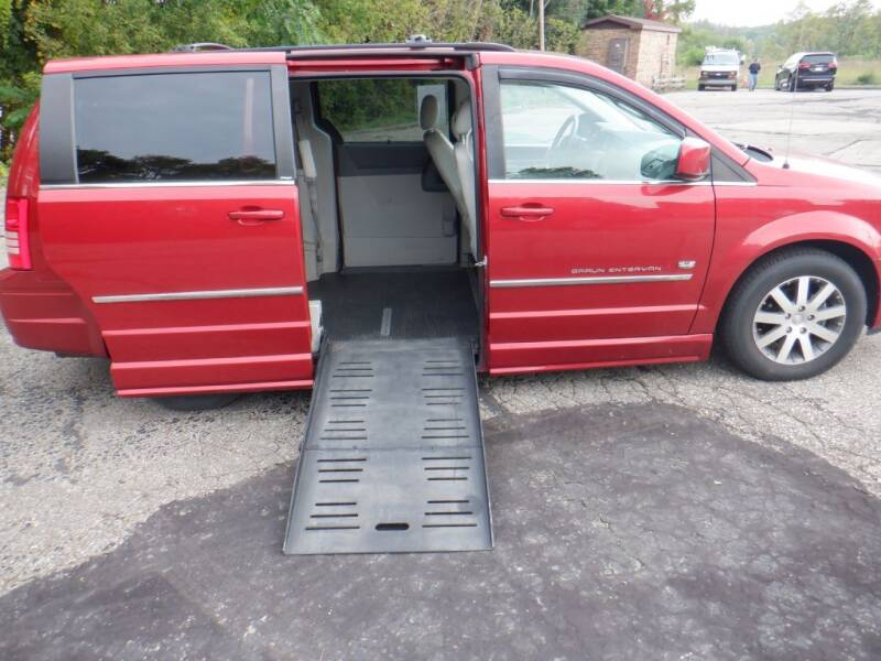 2009 Chrysler Town and Country for sale at Mobility Motors LLC - A Wheelchair Van in Battle Creek MI