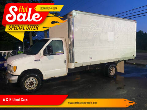2000 Ford E-Series Chassis for sale at A & R Used Cars in Clayton NJ