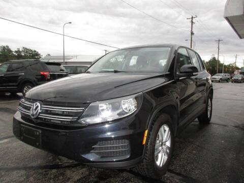 2014 Volkswagen Tiguan for sale at U C AUTO in Urbana IL