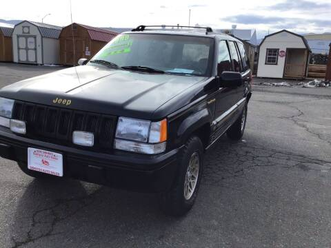 1993 Jeep Grand Cherokee for sale at Siskiyou Auto Sales in Yreka CA