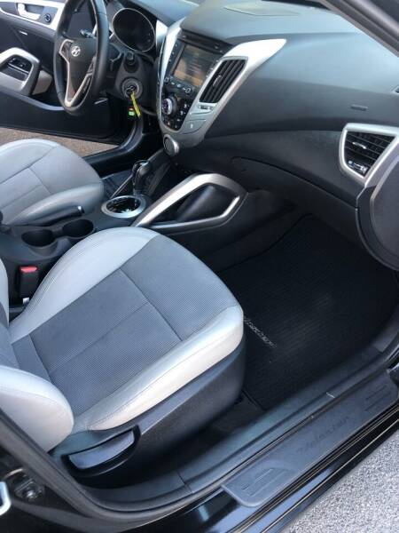 2014 Hyundai Veloster 3dr Coupe DCT - Bettendorf IA