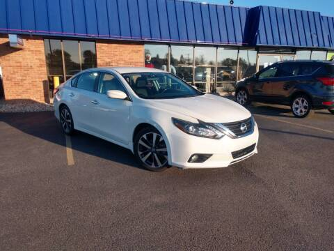 2016 Nissan Altima for sale at CITY SELECT MOTORS in Galesburg IL