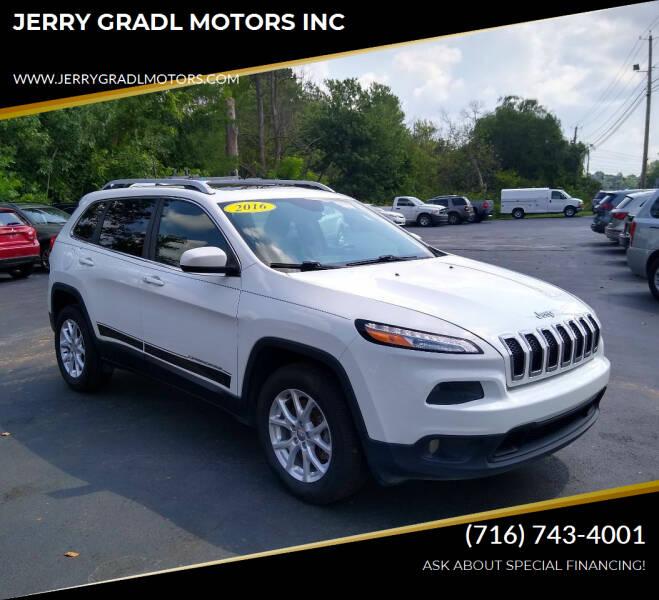 2016 Jeep Cherokee for sale at JERRY GRADL MOTORS INC in North Tonawanda NY