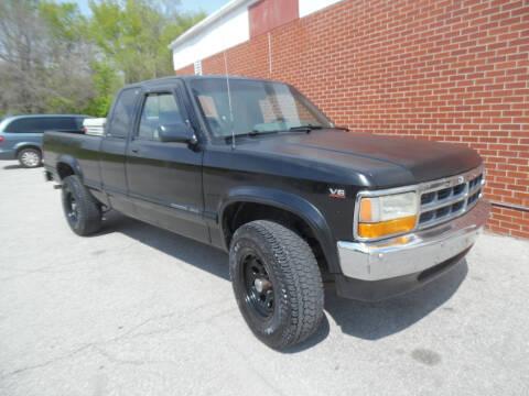 1996 Dodge Dakota for sale at VEST AUTO SALES in Kansas City MO
