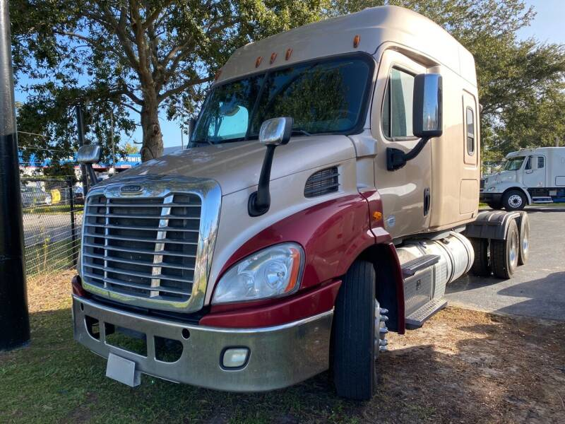 2016 Freightliner Cascadia for sale at The Auto Market Sales & Services Inc. in Orlando FL