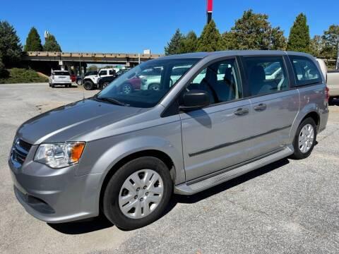 2016 Dodge Grand Caravan for sale at Modern Automotive in Boiling Springs SC