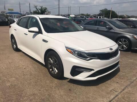 2016 Kia Optima for sale at Discount Auto Company in Houston TX
