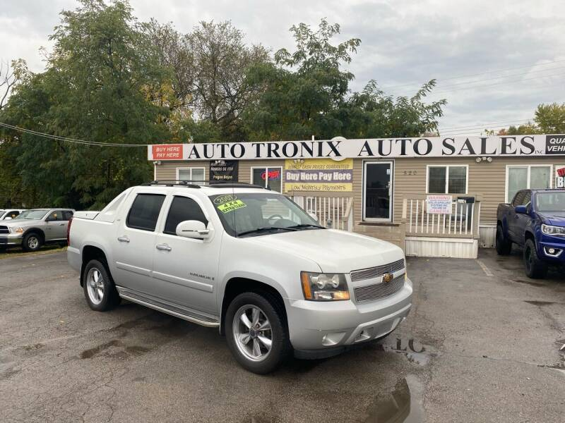 2007 Chevrolet Avalanche for sale at Auto Tronix in Lexington KY