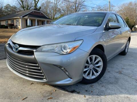 2015 Toyota Camry Hybrid for sale at Cobb Luxury Cars in Marietta GA