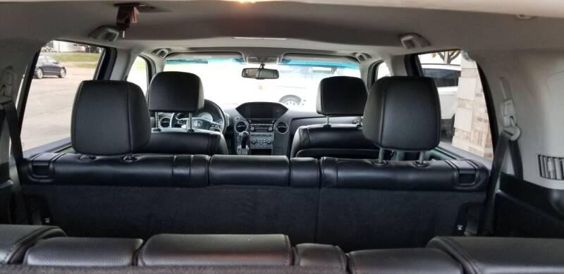 2012 Honda Pilot 4x4 EX-L 4dr SUV w/Navi - Hampshire IL