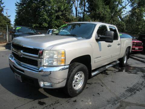2009 Chevrolet Silverado 2500HD for sale at LULAY'S CAR CONNECTION in Salem OR