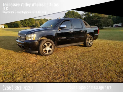 2008 Chevrolet Avalanche for sale at Tennessee Valley Wholesale Autos LLC in Huntsville AL
