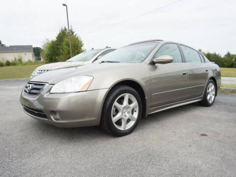 2004 Nissan Altima for sale at CHAPARRAL USED CARS in Piney Flats TN