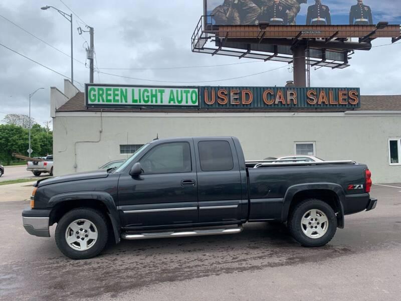 2004 Chevrolet Silverado 1500 for sale at Green Light Auto in Sioux Falls SD