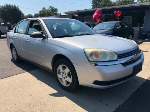 2004 Chevrolet Malibu for sale at Wise Investments Auto Sales in Sellersburg IN