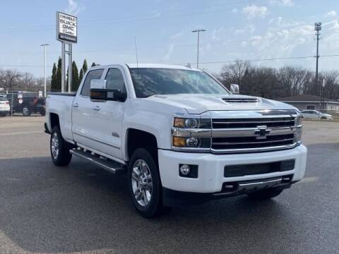 2019 Chevrolet Silverado 2500HD for sale at Betten Baker Preowned Center in Twin Lake MI
