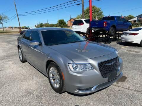 2016 Chrysler 300 for sale at LLANOS AUTO SALES LLC - LEDBETTER in Dallas TX